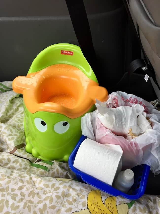 potty-seat-cleaning-hack-for-moms